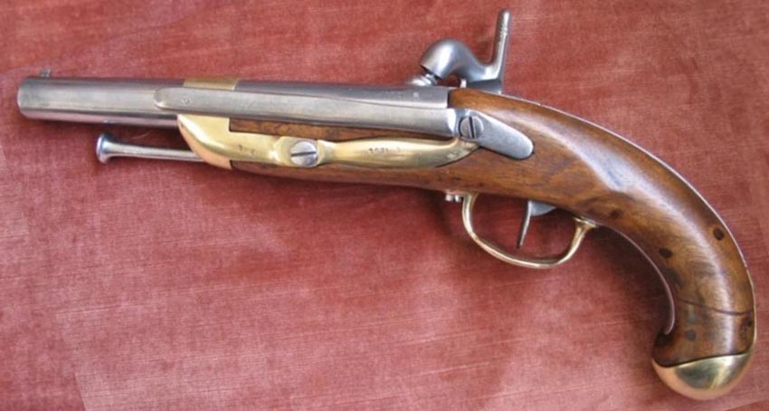 Pistolet 1822 t bis marine - Pistolet a clou ...